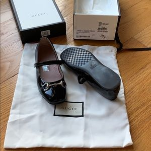 Girls Gucci Mary Jane shoes
